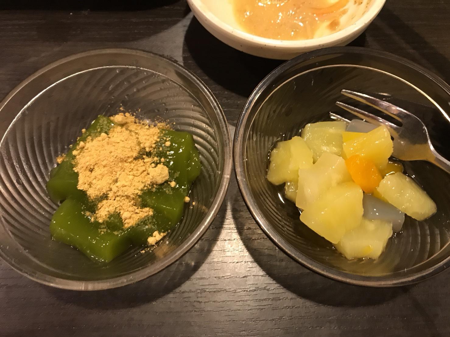 抹茶くず餅(ディナー限定)、ナタデココ入りミックスフルーツ